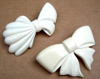 Two 1980s hair barrette white celluloid bow design hair bow hair accessory hair ornament hair jewelry