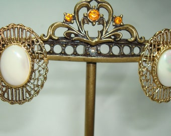 1992 Mother of Pearl Filagree Pierced Earrings by 1928.