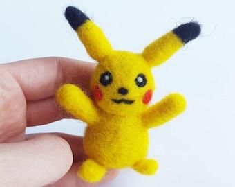 Pikachu,Needle Felted Pokemon Figure, Tiny Pikachu Toy, Pokemon Toy,Mini Pikachu,Felt Pokemon,Anime gift,pokemon plush