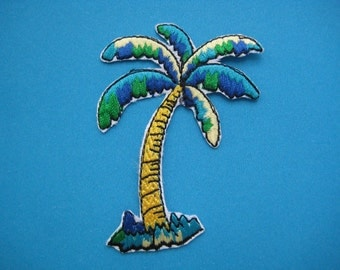 Iron-on Embroidered Patch Coconut Tree 3 inch