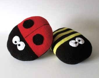 Ladybird and Bee Cushion Knitting Patterns