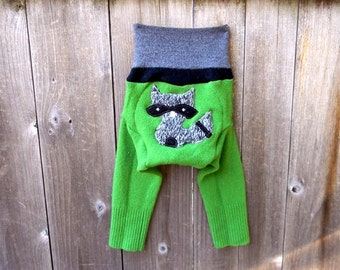 SMALL Upcycled Merino Wool Longies Soaker Cover Diaper Cover With Added Doubler Green With Sneaky Raccoon  Applique SMALL 3-6M Kidsgogreen