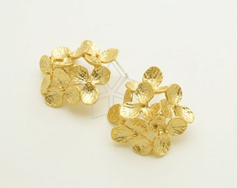 SI-773-MG / 2 Pcs - Hudrangea Stud Earrings, Six Flowers Earrings, Matte Gold Plated, with .925 Sterling Silver Post / 28mm x 27mm