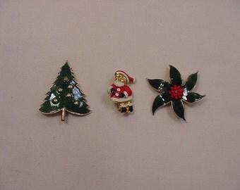 Three Vintage Christmas Brooches   15 - 75