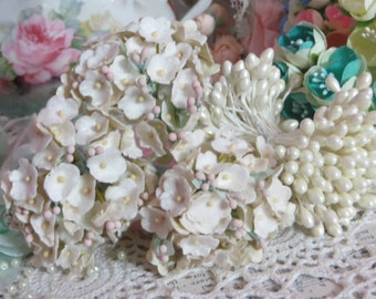 Vintage Velvet Flocked Millinery Flowers-Bunch-Mixed Media-Altered Art-Corsage-Supplies-Off White