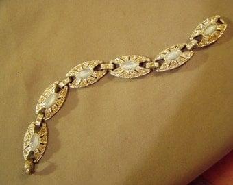 Vintage 1950s Rhinestone Link Bracelet Star Mark With S Inside  8589