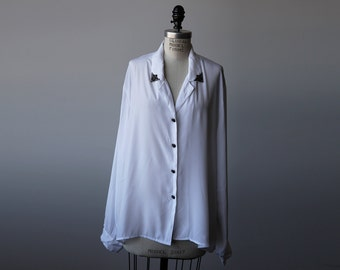 Vintage White Oversized Blouse with Metal Collar Tips Shirt Button Down 80s L