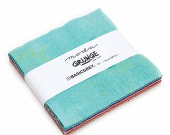 "Moda Charm Pack Grunge Basic Grey, (42) 5"" Squares, Moda Precut Cotton Quilt Fabric Squares, Quilt Fabric, 30150PPN2"