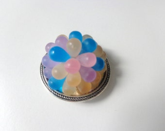 Bubbles colorful brooch round