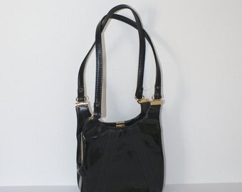 SALE Vintage 1960s Black Patent Purse / Retro 60s Black Vinyl Handbag / Shoulder Bag