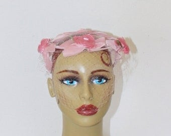 SALE Vintage 1950s Pink Floral Fascinator . Pink Velvet Bows & Pink Floral Whimsy Hat with Pink Netting Veil . Prom Party Bridesmaid