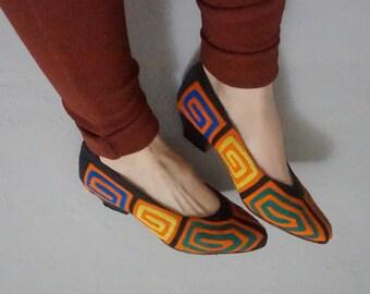 7 kuna mola pointed toe folk art embroidery reverse applique vintage 70s 1970s authentic kuni ethnic heel pumps colorful seven unique rare