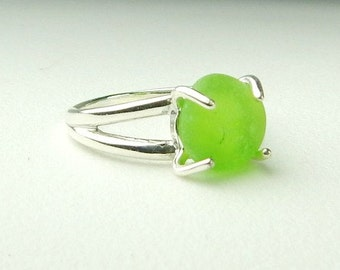 GENUINE Sea Glass Ring, Sterling Silver Lime Green Ring, Beach Ring, Seaglass Ring, Beach Jewelry,Gift For Wife, Solitaire Ring,Gift For Her