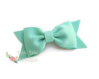 Pastel Green Hair Bows, Baby Bows, Girls Hair Clips, Girls Hair Accessories, Baby Girls Hair Bows, Lucite Green Bows, Hair Bow Clip