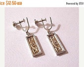 ON SALE Scroll Square Bar Dangles Screwback Earrings Gold Tone Vintage Comfort Adjustable Beaded Rimmed Edges