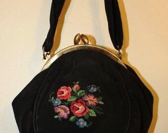 Victorian Pettipoint Silk Hand Bag Purse La Marquise