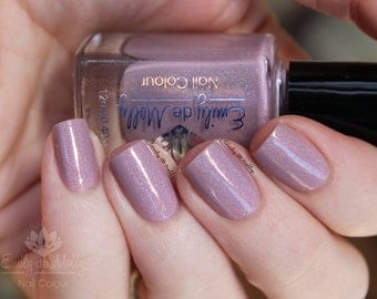 "Nail polish - ""Heavy Aura"" Light pink linear holographic polish"