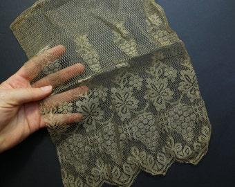 Antique metal mesh lace sample art deco  trim gold lace 1920  ribbon ribbonwork millinery trim flapper 1900s 1920 edwardian millinery