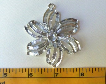 Bow / Flower Pendant - Multi Stone Settings for Rhinestones - 68x54mm - Silver Plated/Lacquered Strong Vintage Quality Casting