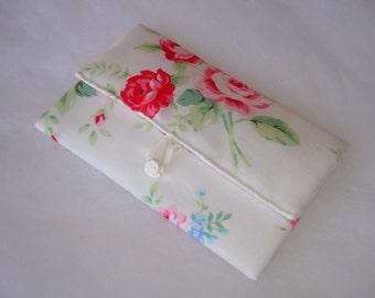 Pochette mouchoirs en tissu coton fleuri