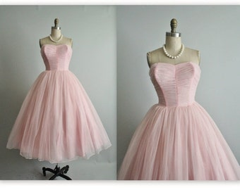 STOREWIDE SALE 50's Wedding Dress // Vintage 1950's Strapless Pink Chiffon Ruched Full Tea Wedding Dress XS