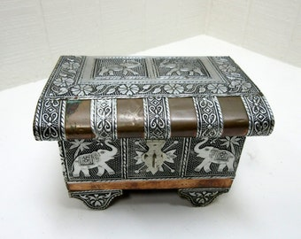 Vintage Wooden Jewelry Box / Trinket Box / Treasure Box With Elephants
