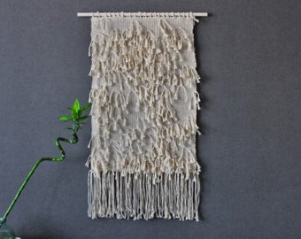 Handwoven wallhanging from Macrame rope - Bohemian macrame wall hanging - Handmade - Wall Art - Boho Macrame home decor - Ivory - White