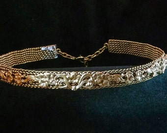 Thick Multi-Wire Braided Brass Crown with Floral Pattern