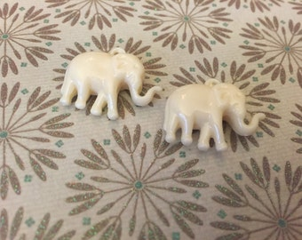 NEW Indie style petite carved elephants BONE colored synthetic coral 2 pcs