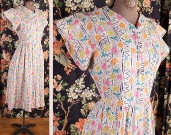 Vintage Late 1940s Novelty Print Dress M-L // House Dress Rockabilly VLV