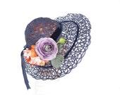 Vintage 1930s hat, navy blue open weave, excellent