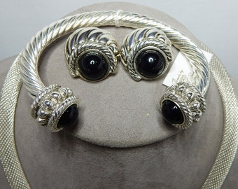 PARK LANE Ribbed Silver Hinged Clamper Bracelet Necklace & Earrings w/ Black Cabochon Ends    NDK24