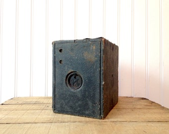 Vintage Kewpie No. 3A Box Camera Conley Camera Co.