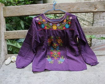 M-L Long Sleeves Bohemian Embroidered Top - Dark Purple