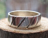 Retro Style Vintage Sterling Silver Men's or Women's Silver Band Ring Wedding Band Size 9