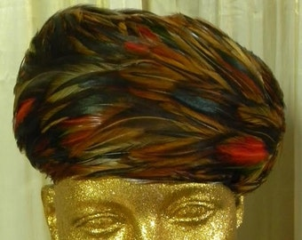 Vintage feather pill box hat