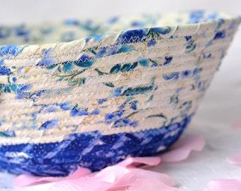 Handmade Blue Key Holder, Winter Blue Bowl, Lovely Delft Blue Cotton Fiber Bowl, Decorative Basket
