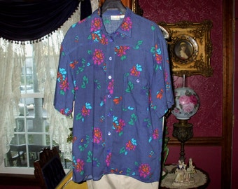 Women's Liz Claiborne Vintage Shirt Top Blouse Button Front Short Sleeves Colorful Rose Design 1980's
