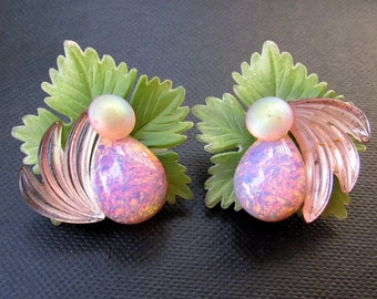 Vintage Rhinestone Earrings CLIP ON Retro Kitsch Tropical Jewelry