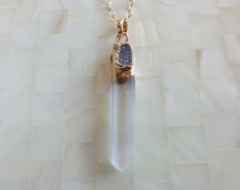 Natural Clear Quartz Crystal Point & Gray Agate Druzy Pendant on Gold Chain Necklace (N1691)
