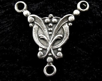 STERLING SILVER Victorian Pendant - Floral Focal Point - Vintage Style Link - L17