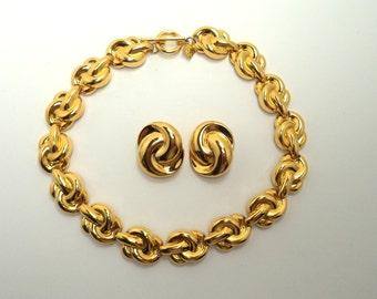 Vintage Signed Anne Klein Goldtone Chunky Necklace Clip on Earring Set