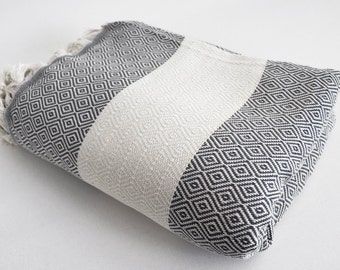 SALE 30 OFF/ Diamond Blanket / Gray / Double Size / Bedcover, Beach blanket, Sofa throw, Traditional, Tablecloth
