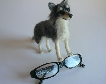 Needlefelted Animal/Needle Felted Wolf/Felted Wolf/ Wolf miniature/ Made to order/Custom Miniature Sculpture of your pet