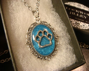 Small Cat / Dog Paw Necklace -Blue Glitter Background (2349)