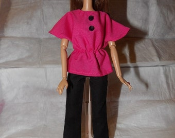 Black pants & pink bat wing top with buttons for Fashion Dolls - ed796