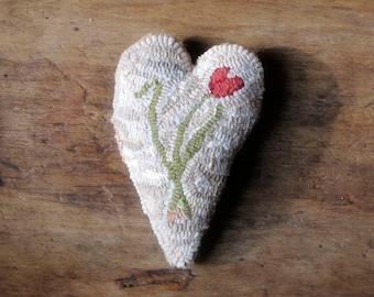 Primitive Hooked Rug Heart Tulip Sachet Bowl Filler