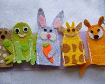 5 Finger Puppets Quiet Book Page /   Toddler Busy Book / Gift for Kid / Felt Book / Quiet Book Toy / Learning Toy / Travel Toy  / Cloth Book
