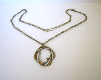 Vintage solid brass chain necklace with pendant from 1960