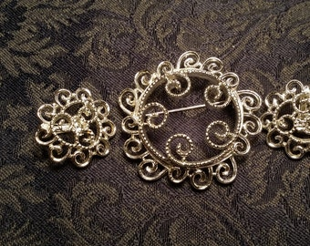 STYLISH Silvertone Pin & Earring Set by Sarah Coventry VINTAGE